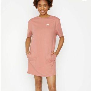 Ivory Ella Vintage Rose Tee Shirt Dress